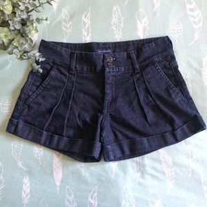 7 For All Mankind cuffed pleated jean shorts - size 26